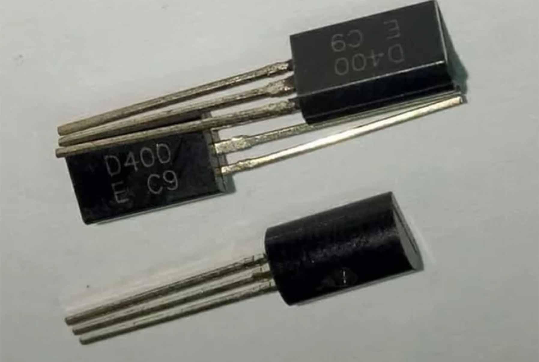 Persamaan Transistor D400 Dan Yang Sejenis